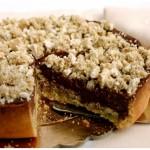 Crostata meringata con crema al pistacchio e cioccolato chantilly 03